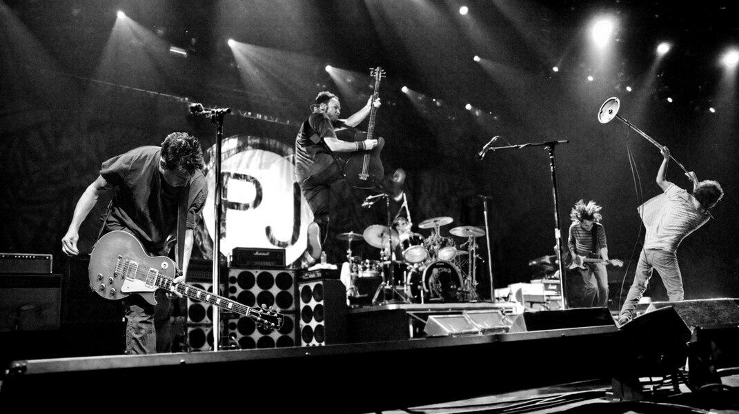 Pearl Jam - PLUS DE 15 000 BILLETS ONT DÉJÀ TROUVÉ PRENEURS