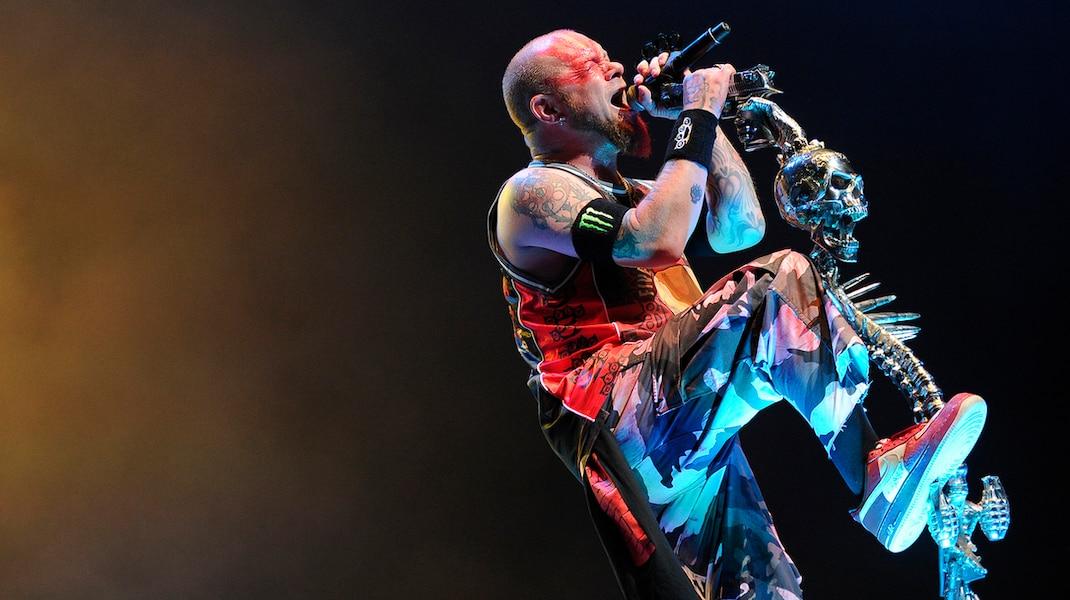 Five Finger Death Punch au Centre Vidéotron: puissant et solide