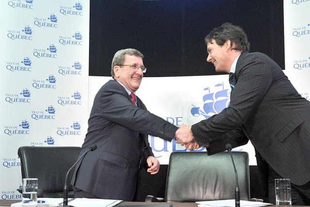 Signature entre Quebecor