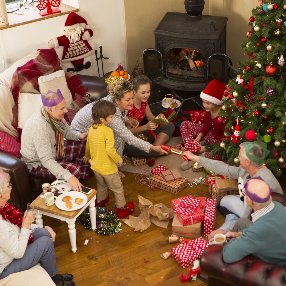Des Jeux Pour Un Noel Anime Coup De Pouce