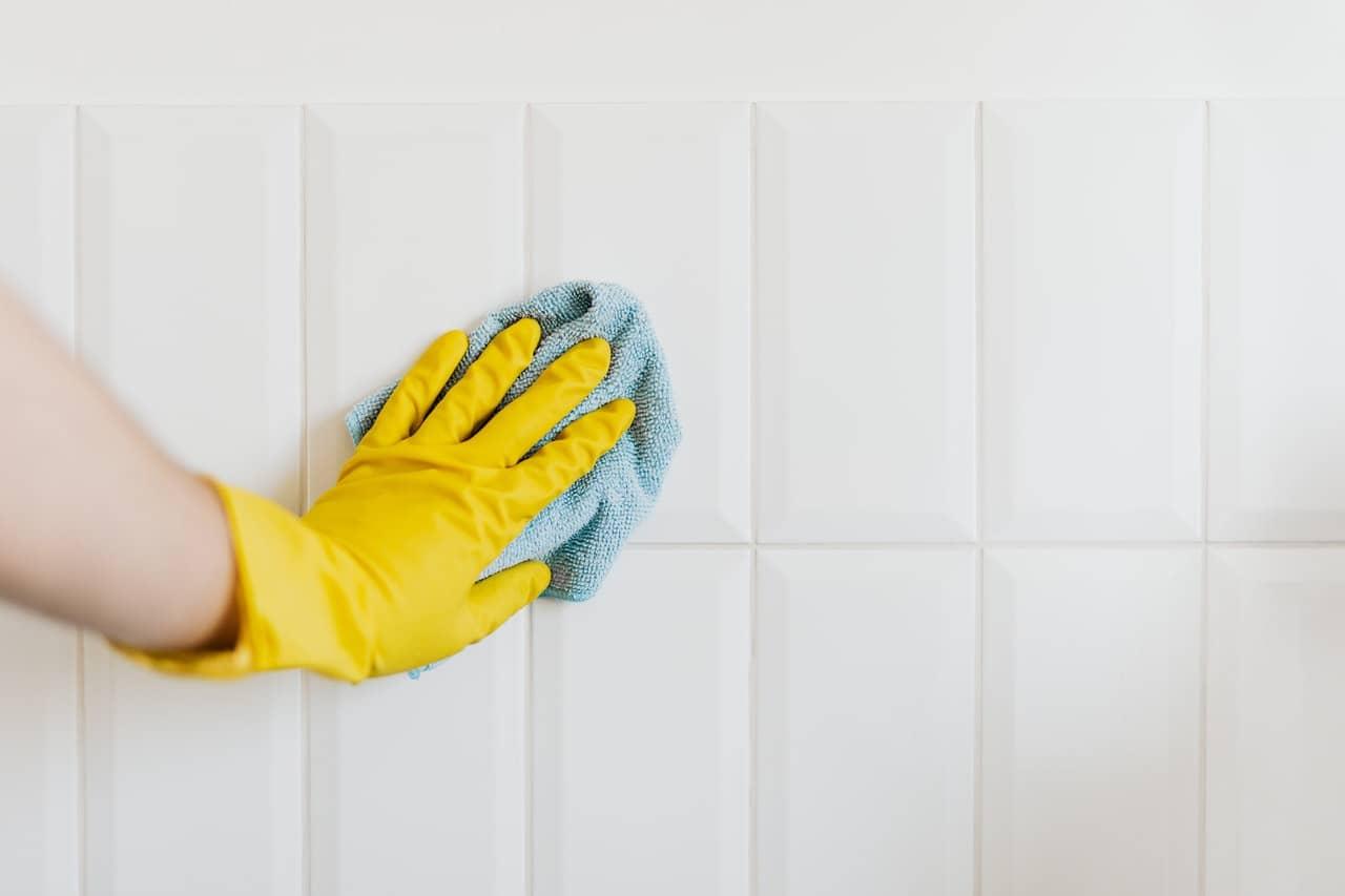 Nettoyger la salle de bain