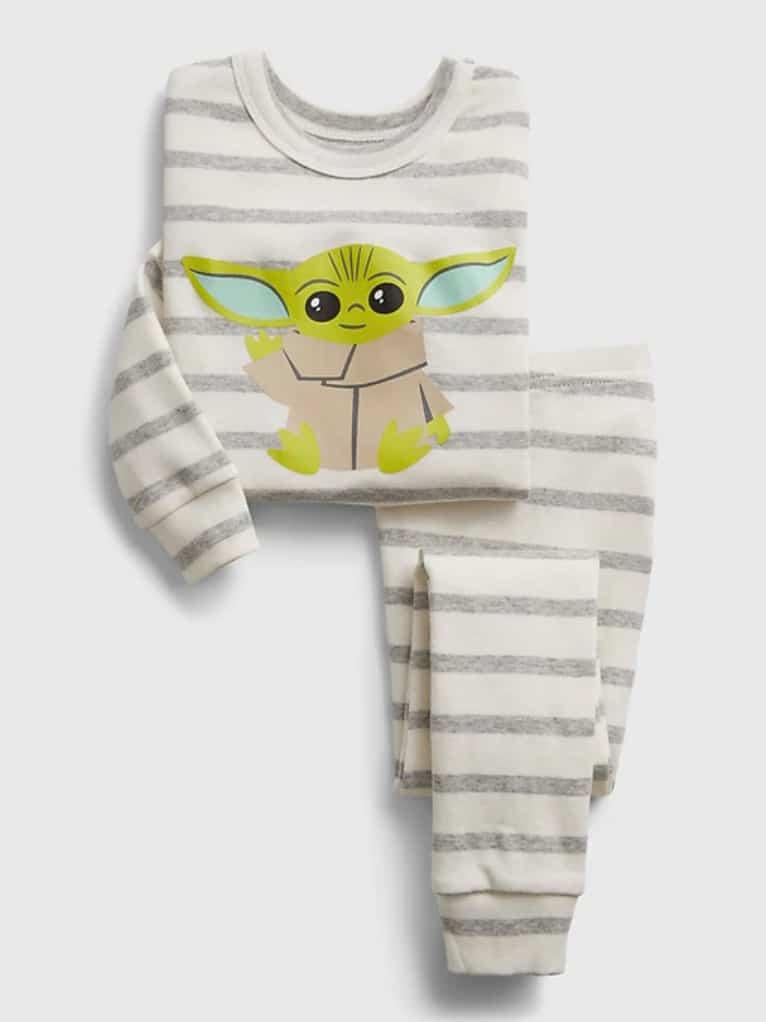 Pyjama «bébé Yoda» de babyGap