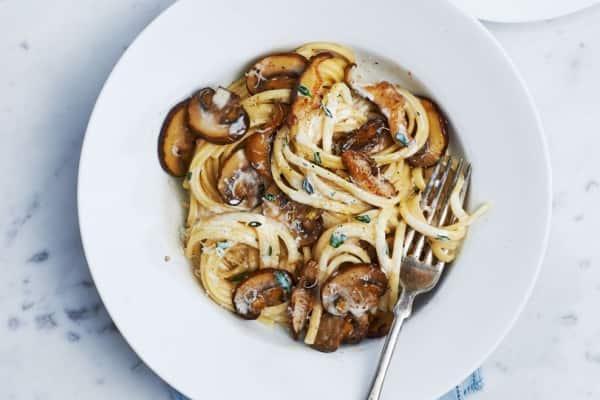 Sauteed Mushroom Linguine