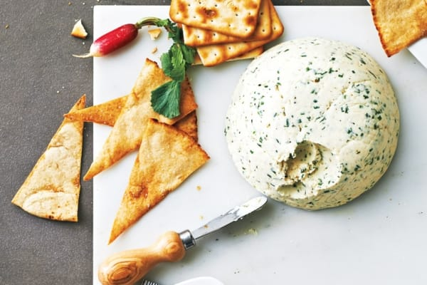 Chive and Garlic Cheese Spread