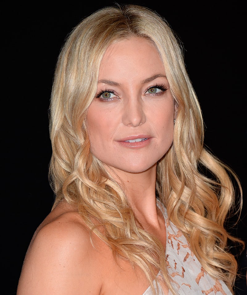 Kate Hudson with beachy waves