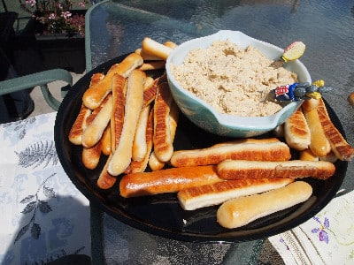 Breadsticks and Chickpea Dip