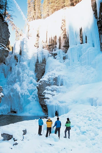 Johnston Canyon Icewalk: Breath-taking views