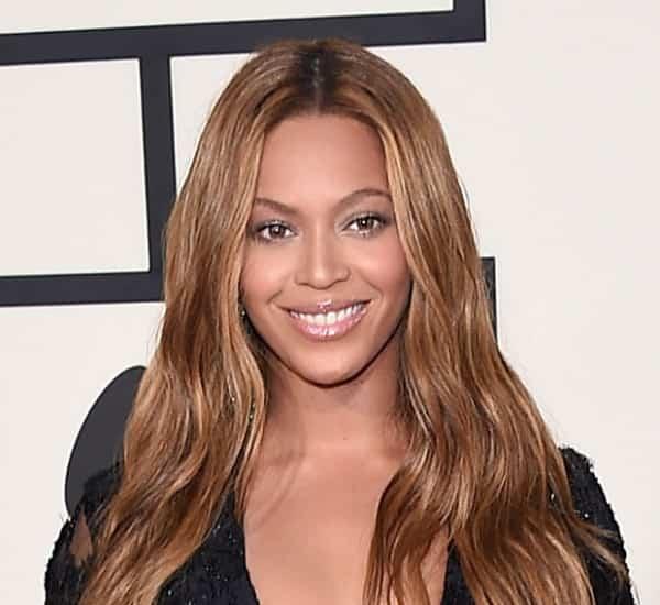 Beyonce_Grammys_2015_closeup
