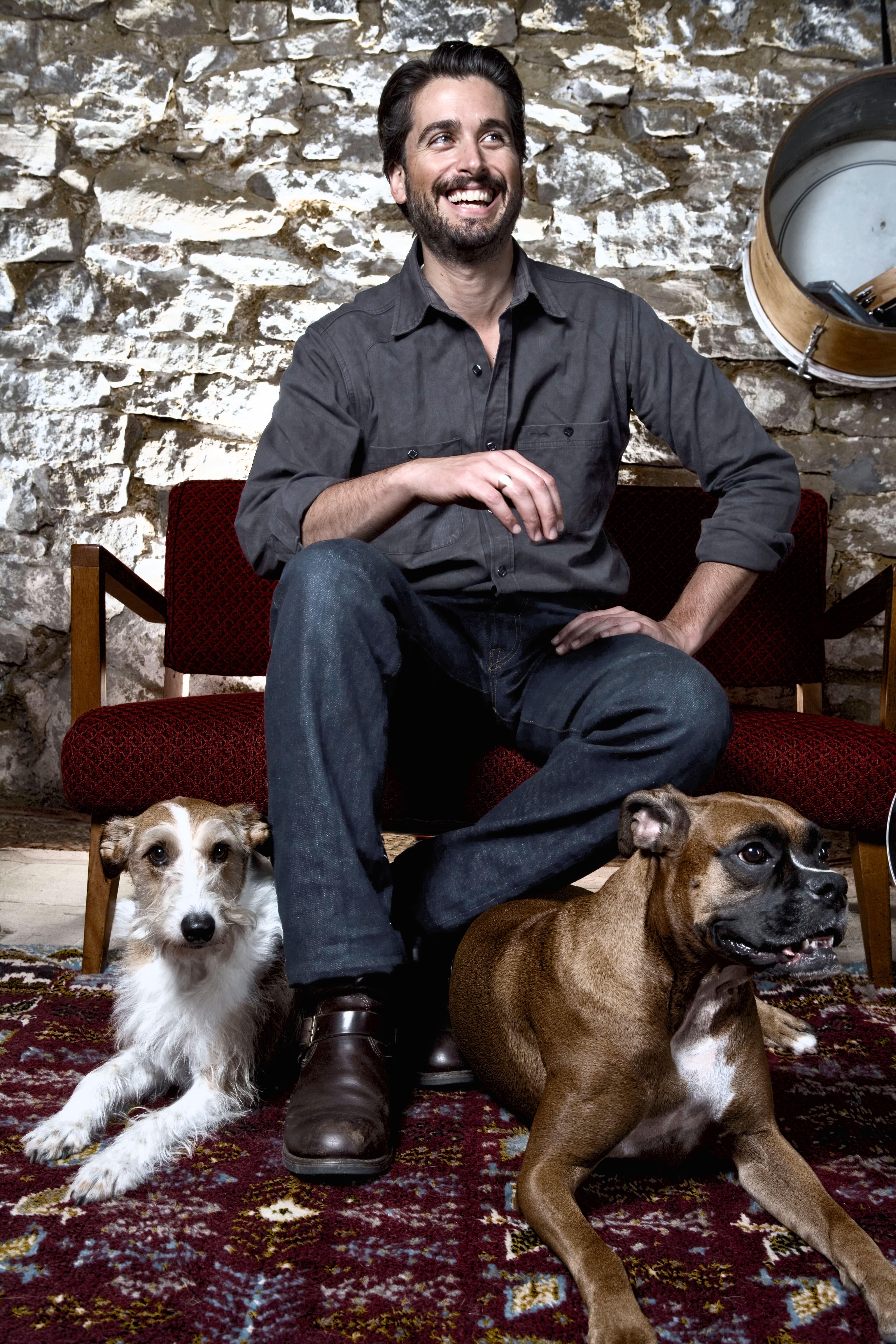 Canadian musician Peter Elkas
