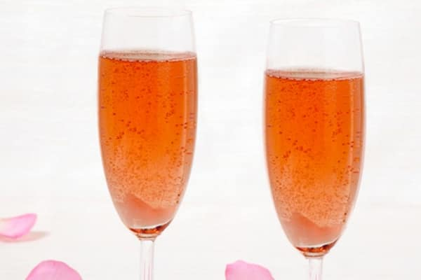 Romantic dinner ideas - Original Champagne Cocktail
