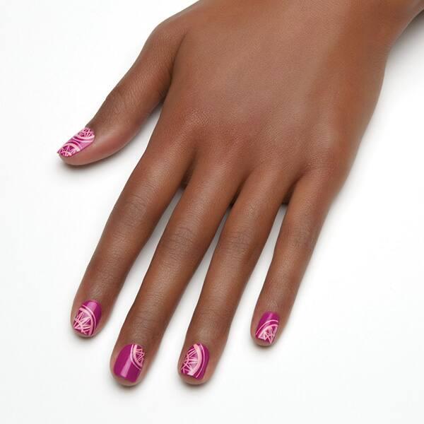 Essie_pink_nail_art