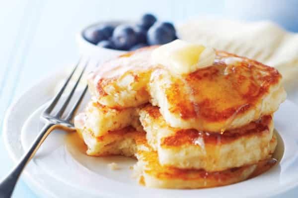 600x400_best-buttermilk-pancakes5801360612922