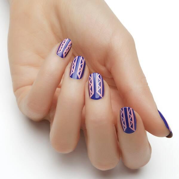 Essie_navy_pink_nail_art