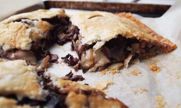 radicchio pie slice