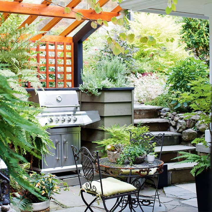 outdoor backyard rooms