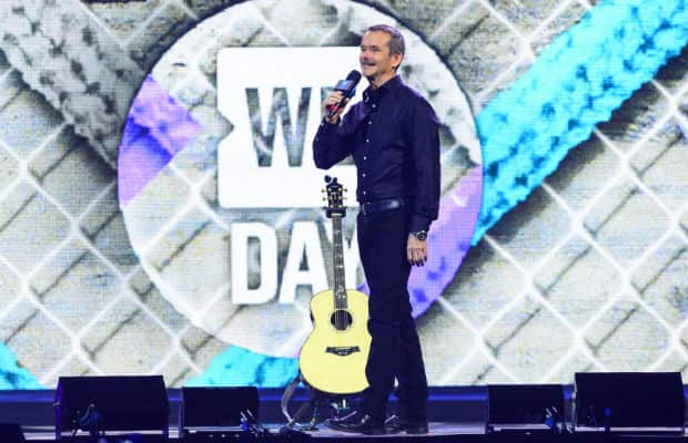 Chris Hadfield takes the stage
