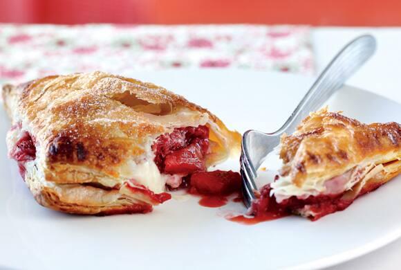 strawberry cheesecake turnovers