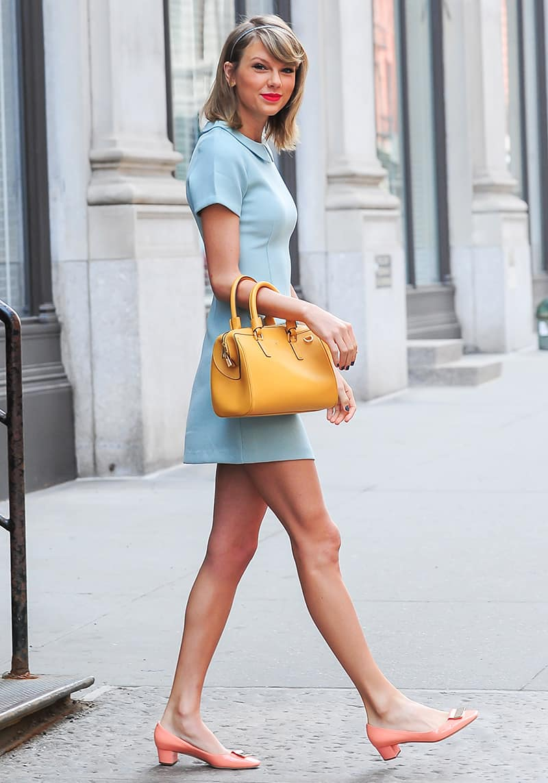 Taylor Swift mod sixties dressing