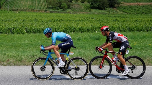 CYCLING-FRA-TDF2021-STAGE10