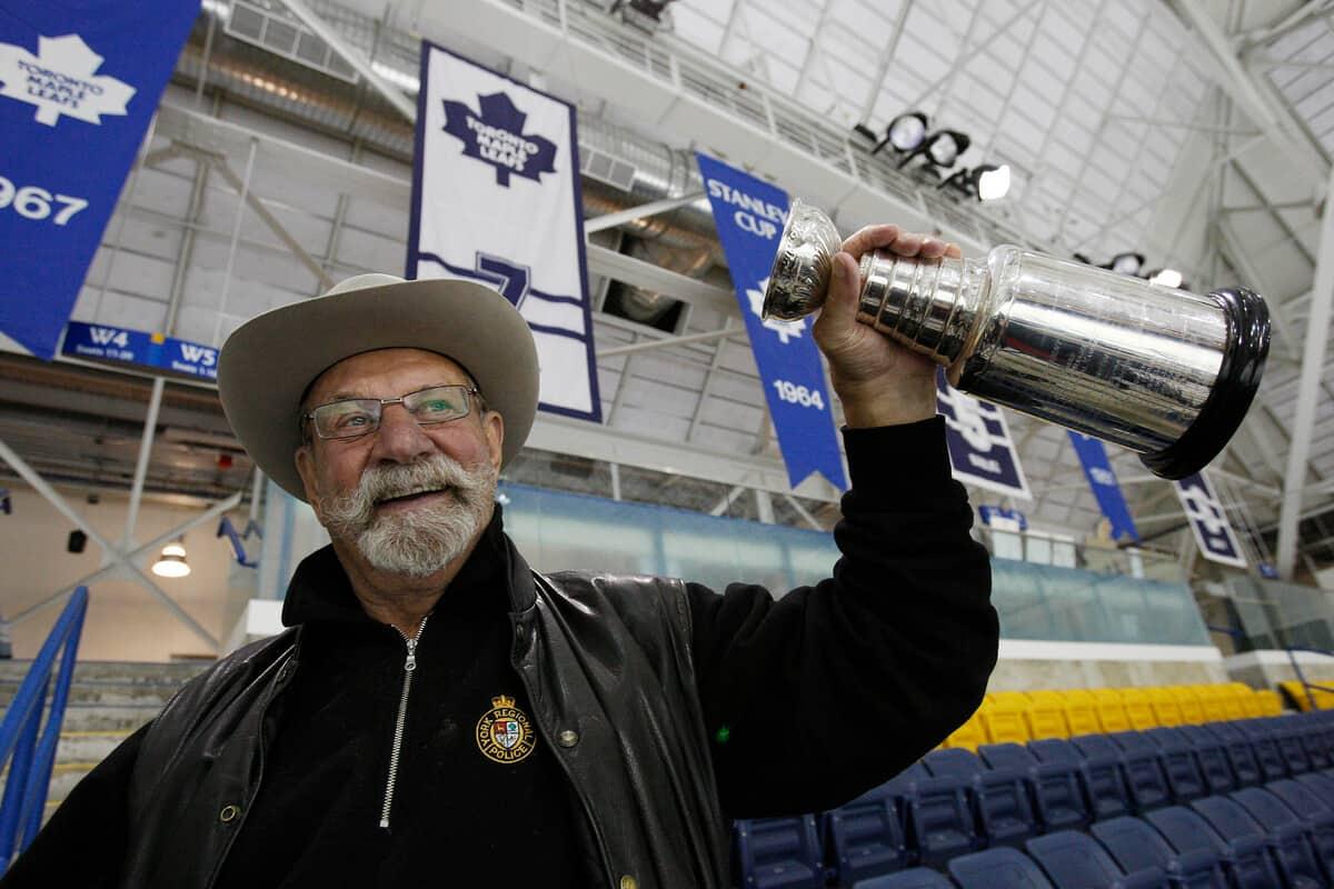 L'ancien des Maple Leafs, Eddie Shack, est décédé à 83 ans — LNH
