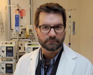 Le Dr Alexis Turgeon, intensiviste, chercheur du CHU de Québec-Université Laval (CHU) et professeur à la Faculté de médecine de l'Université Laval, a reçu un financement de près de 2,2 millions de $ pour mener à bien les essais.