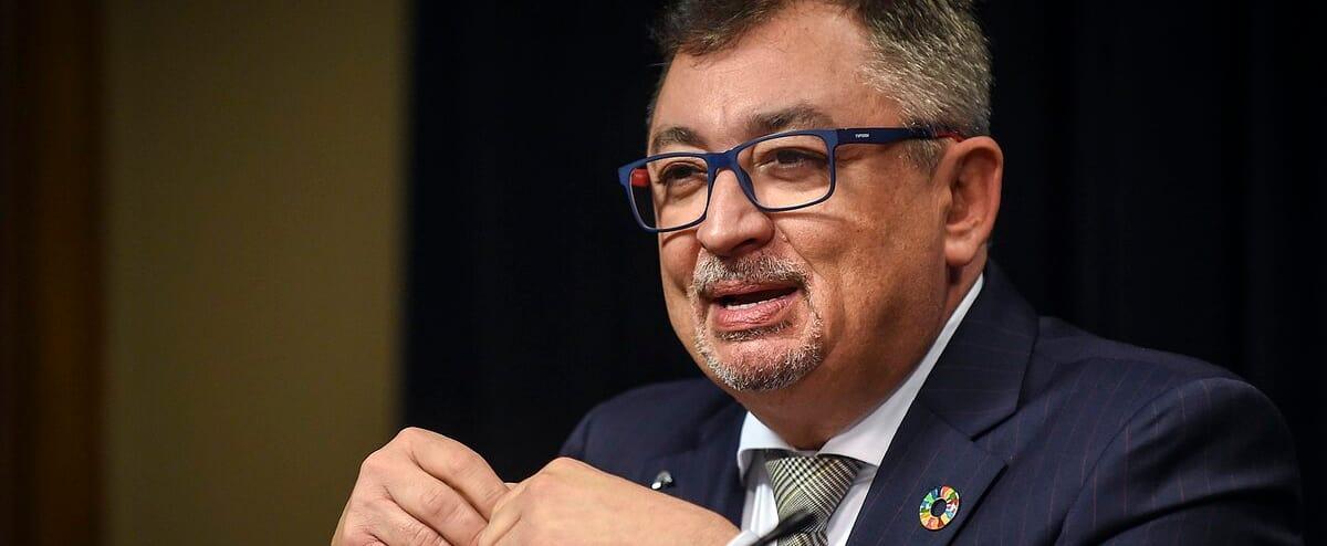 [EN DIRECT] COVID-19: Le Dr Horacio Arruda fait le point dans Lanaudière