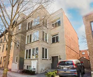 2376 Rue Quesnel, app. 2, Montréal (Sud-Ouest).