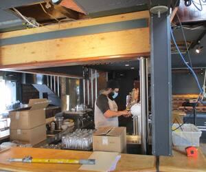 Le restaurant bar Le Gambrinus, à Trois-Rivières, ne rouvrira pas avant le 22 mars, malgré le retour de la Mauricie en zone orange le 8 mars 2021.