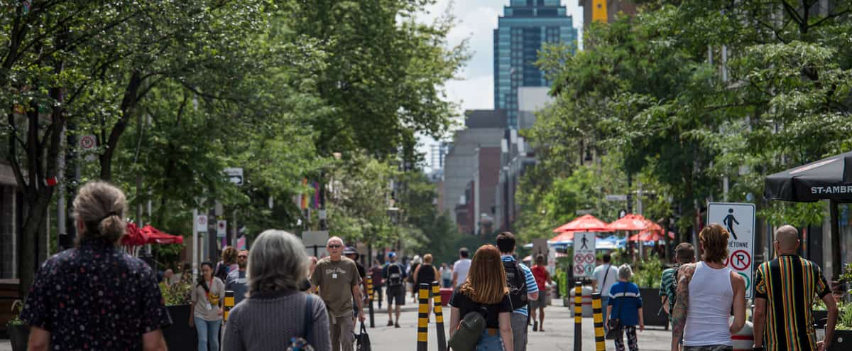 COVID-19 au Québec: 683 nouveaux cas et 5 décès de plus