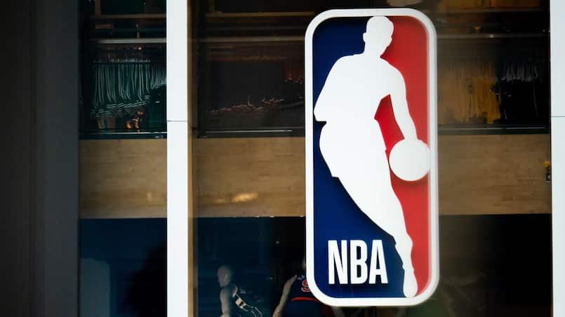 US-NBA-SUSPENDS-SEASON-AFTER-PLAYER-TESTS-POSITIVE-FOR-CORONAVIR