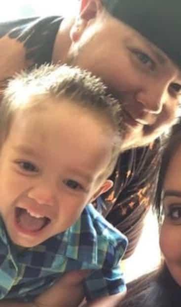 Image principale de l'article À quatre ans, il perd ses parents de la COVID-19