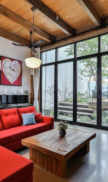 Image principale de l'article Cette surprenante maison à vendre pour 2 499 000$