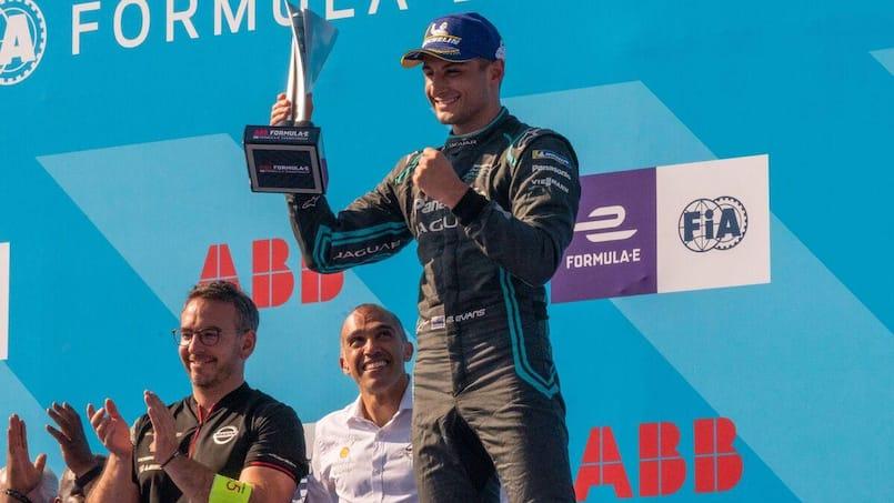 Formule E: Mitch Evans et Jaguar prolongent leur association