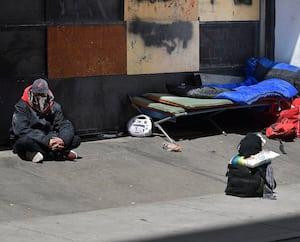 La cohabitation avec les sans-abri ne se fait pas sans heurts au centre-ville de Québec depuis l'arrivée de Lauberivière sur la rue du Pont.