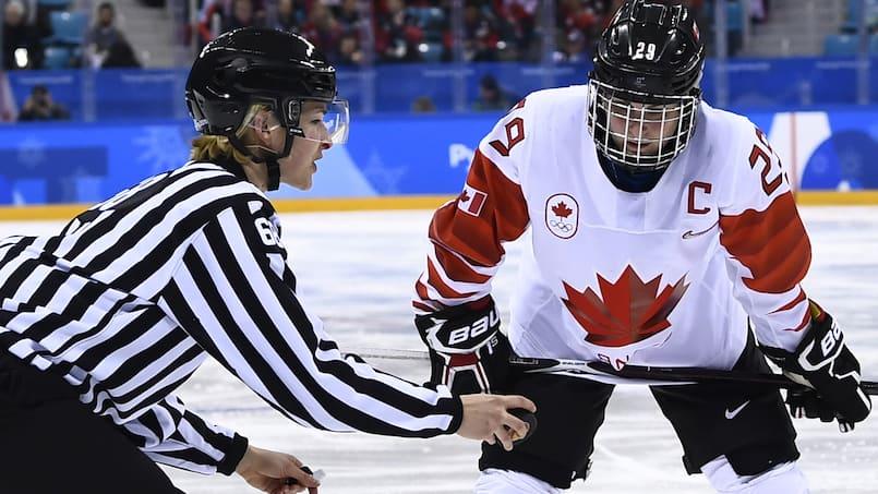 Hockey féminin: cinq Québécoises au camp de l'équipe nationale