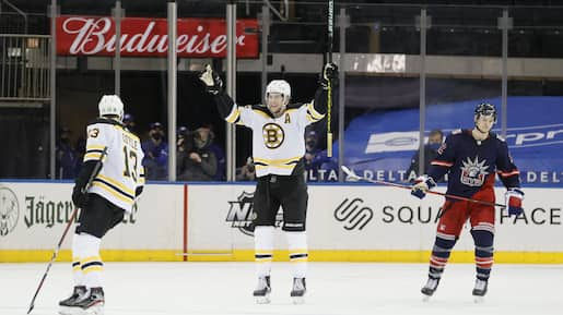 HKN-SPO-BOSTON-BRUINS-V-NEW-YORK-RANGERS