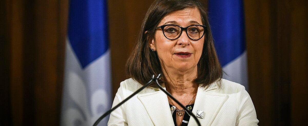 Plus de 60 000 inscriptions pour les 10 000 postes de préposés en CHSLD: un «heureux problème» pour Québec