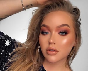 Image principale de l'article La youtubeuse Nikkie Tutorials fait son coming-out