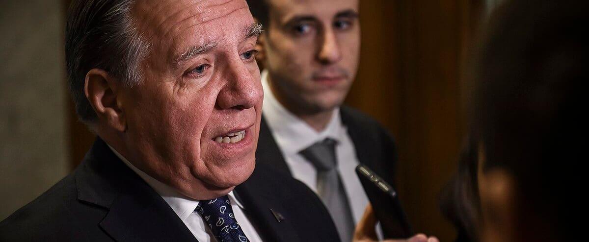 Loi sur la laïcité: François Legault dénonce l'utilisation de fonds publics par English Montreal