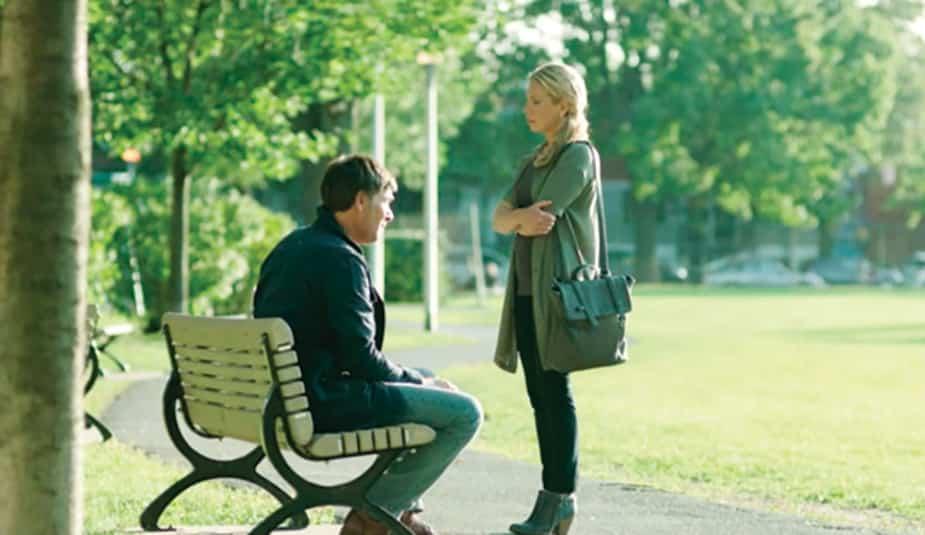 Anne-Sophie ne peut pas supporter de rester en couple avec le père de Xavier; elle le quitte...