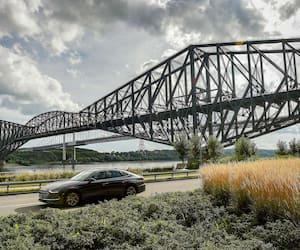 Le très rouillé pont de Québec a fêté ses 100 ans en 2017.
