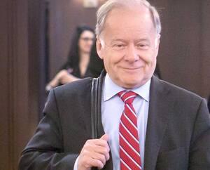 Raymond Bachand a annoncé qu'il abandonnait la vie politique en août 2013, quelques mois après avoir mordu la poussière lors de la course à la chefferie du Parti libéral du Québec.