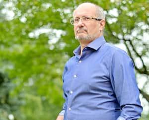 Le Montréalais Jean-Christophe Filosa s'est inscrit au Guichet d'accès à un médecin de famille et risque d'attendre près de 900 jours avant d'en trouver un.
