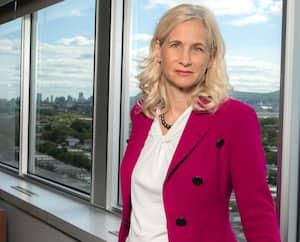 Janie Béïque occupe le poste de première vice-présidente aux investissements au Fonds de solidarité FTQ.