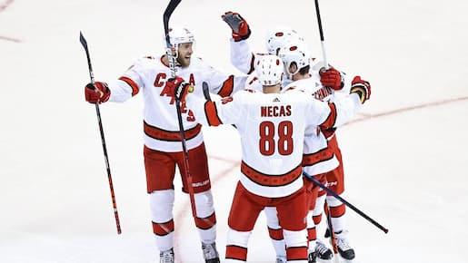 Les Hurricanes aucunement intimidés par les Bruins