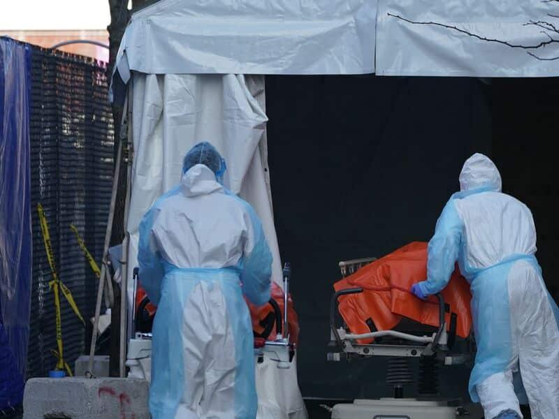 Coronavirus, aux États-Unis, plus de 10 000 morts: «Un New York serait des charniers dans les parcs publics». Allemagne, 100 mille infections