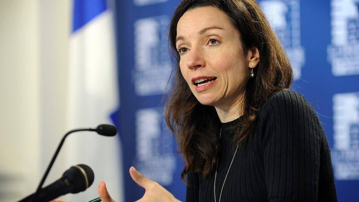 Martine Ouellet fera son retour en politique