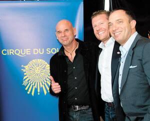 Le fonds américain TPG est devenu l'actionnaire majoritaire du Cirque du Soleil en 2015. Ci-contre, Daniel Lamarre, PDG du Cirque, David Trujillo, associé chez TPG responsable pour le Cirque du Soleil, Guy Laliberté, James Coulter, cofondateur de TPG Capital, et Mitch Garber, président du CA du Cirque.