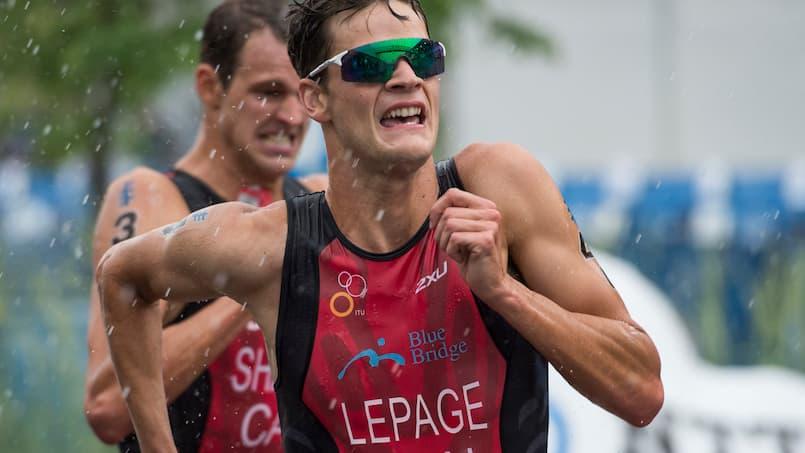 Le Canada en fond de grille en triathlon mixte