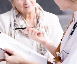 Les gériatres n'ont plus de prime pour examiner les patients de 85ans et plus.